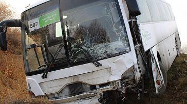 В аварии с автобусом возле Южноуральска погиб водитель